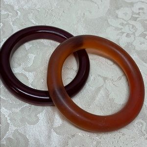 Vintage Jewelry - 🌈🦄 2 Vintage Brown Bangles